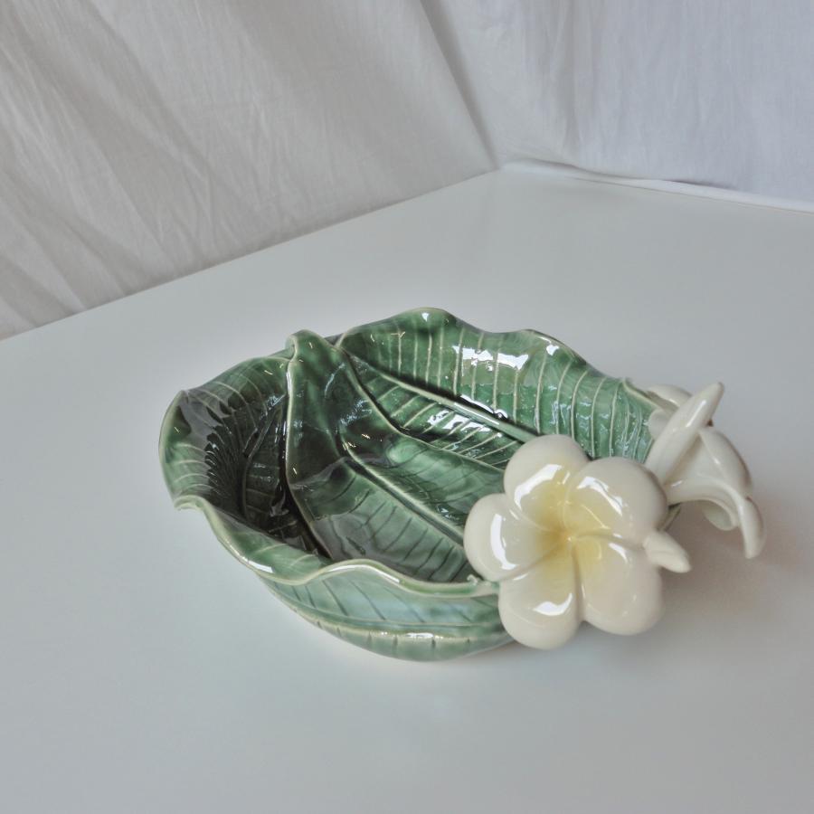 Keramiek schaal 3 bladeren met bloemen # Wasbak Schaal_000641